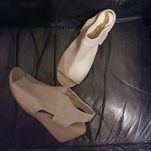 Leather Naturalizer N5 Contour Sandals